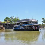 MV Mary Ann on the Murray River Echuca.