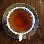 herbata w pięknej porcelanie