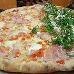Billede af L' angolo della pizza