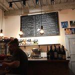 Foto de Intralci Wine Bar
