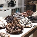 תמונה של chök - The Chocolate Kitchen