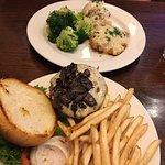 Фотография The Branch Restaurant & Bar