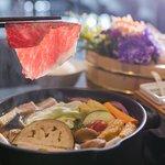锽乐极上和牛海鲜锅物照片