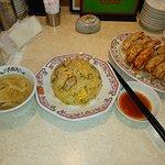 豚カルビ炒飯・餃子