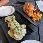 Muslos de pollo y Pulled Pork Sandwich