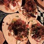 Foto de La Canalla Tacos y Tragos