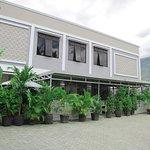 OYO 1265 Zamrud Hotel Photo