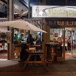 Monkey Diner Foto