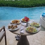 Ocean front, swim out, preferred bungalow lunch