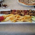 Di Angolo Pizzeria meat tasting great !