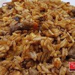 Arroz frito la casa 🍚 pollo de corral 🍗 ternera DO 🍖 verduritas frescas 🥕 y arroz al punto ?