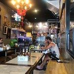 Zdjęcie I Kroon Cafe & Hotel