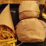 Cena en Alfred Burger