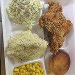 ภาพถ่ายของ Hartz Chicken Buffet