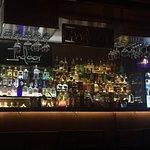 Photo de Indoor Bar