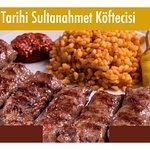 صورة فوتوغرافية لـ Tarihi Sultanahmet Koftecisi