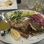 Photo de Hellenic Snack Bar & Restaurant