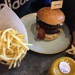 Bilde fra Gourmet Burger Kitchen