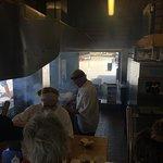 Webers Charcoal Barbecued Hamburgers照片