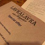 Фотография Фермерское кафе и магазин LavkaLavka на Патриарших прудах