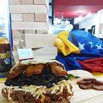 Una buena arepa de Pabellón en Buenos Aires, en un sitio acogedor y con excelente atención