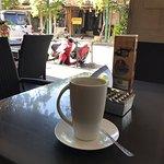 Bemo Corner Coffee Shop照片