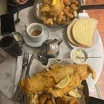 Seafood pan, Haddock, calamari, scampi & chips