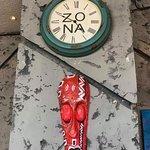 תמונה של Zona