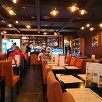 Bilde fra The Flame Restaurant & Bar