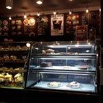 Foto van Joma Bakery Cafe