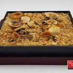 Ku-bak o kuo-bar de marisco con calamares, mejillones, almejas,... 🦑🍱