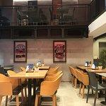 Zdjęcie Mc Delly's Casual Restaurant