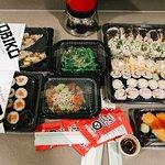 Toda una cena japonesa 'top' sin moverse de casa.