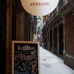 Foto de La Bodega del Milanes WineBar&Tapas