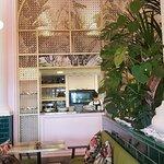 صورة فوتوغرافية لـ Lou Cafe Bistro