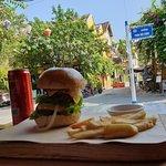 Zdjęcie Hoi An Burgers Plus
