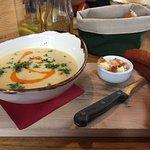 Suppe mit Würstli - do you unterstand?
