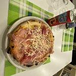 Zdjęcie Pizza Ferrari