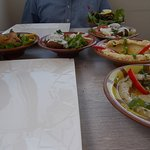 les plats formule mezze 25 euros chacun , obligatoire d en prendre 2