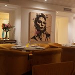 Decor and dining