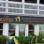 Skipper's Signage & Front