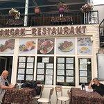 Cancan cafe restaurant resmi