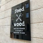 Photo of food & wood