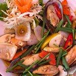 ภาพถ่ายของ Black Pepper Restaurant & Bar Bang Thao Beach