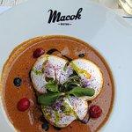 Zdjęcie Macok Bistro and Wine Bar