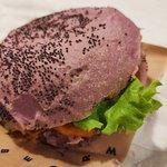 ภาพถ่ายของ Flower Burger