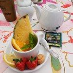 Zielona herbata z owocami
