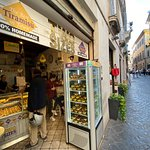Two Sizes -Tiramisù in Rome-照片