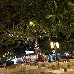 Phen's Restaurant Bar & Coffee照片