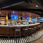 ภาพถ่ายของ Dicey Reilly's Bar & Restaurant